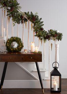 Winter Christmas, Christmas Time, Merry Christmas, Christmas Gifts, Christmas Tree Decorations, Table Decorations, Christmas Calendar, Santa Claus Is Coming To Town, Christmas Bedroom