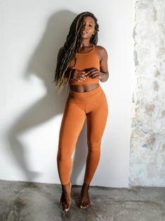 Ethical Edit: 6 Organic Cotton Leggings We're Wearing At Home Sustainable Fabrics, Sustainable Fashion, Ethical Fashion Brands, Knitwear Fashion, Australian Fashion, Running Women, Fashion Stylist, Fitness Fashion, Organic Cotton