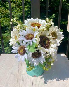 Sunflower Arrangements, Farmhouse Garden, Boquet, Tin Containers, Blue Hydrangea, Watering Can, Faux Flowers, Summer Flowers, Sunflowers