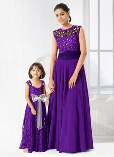 Cheap dresses breastfeeding, Buy Quality dress outside directly from China dress fine Suppliers: Indian Mother And Daughter Matching Prom Dresses 2015 Summer O Neck Purple Chiffon Long Shining Beaded Evening Pa Mommy Daughter Dresses, Mom And Baby Dresses, Mother Daughter Matching Outfits, Mother Daughter Fashion, Girls Dresses, Mother Daughters, Mom Daughter, Cheap Dresses, Birthday Girl Dress