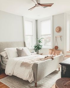 Home Interior Design .Home Interior Design Home Decor Items, Cheap Home Decor, Home Bedroom, Bedroom Decor, Airy Bedroom, Master Bedroom, Home Interior, Interior Design, Interior Colors