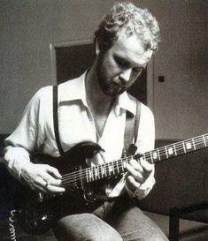 John Martyn, Progressive Rock, Crazy People, Classic Rock, Music Instruments, September 11, Weapon, Singers, Irish