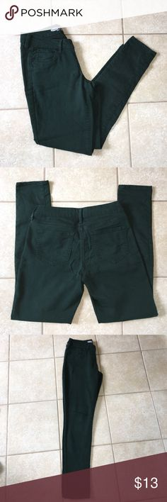 Old Navy Rockstar Jeans Forest green Rockstar Jeans. Great condition, only worn a few times. Too big on me. Comes from smoke free home. Old Navy Jeans Skinny