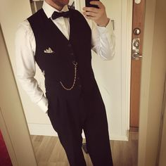 My outfit for a Great Gatsby themed party 2017. With pocket watch and all!