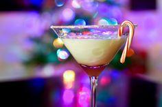 White Lightning cocktail with vanilla vodka, peppermint schnapps, and Godiva White Chocolate Liqueur. YUMM