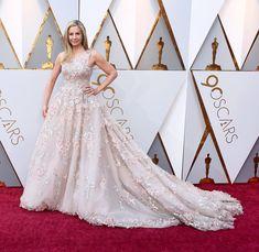 Mira Sorvino in Romona Keveza - Oscars 2018 Mira Sorvino, Romona Keveza, Dressed To The Nines, Red Carpets, Oscars, Cinderella, Formal Dresses, Fashion, Red Rugs