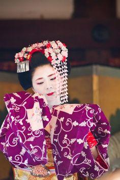 Art Geisha makeup-and-hair