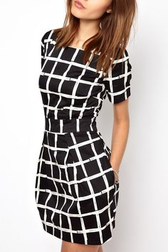 White Black Plaid Short Sleeve Dress