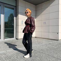 Dokonalé outfity Soni Müllerovej: Módu a štýl má v krvi | 2 Keds, Bomber Jacket, Jackets, Fashion, Down Jackets, Moda, Fashion Styles, Fashion Illustrations, Bomber Jackets