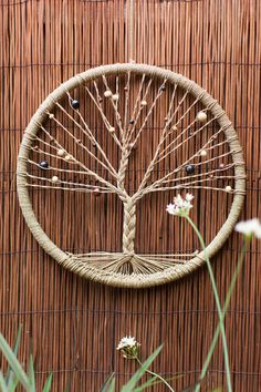 Tree Of Life Dreamcatcher Grape Vines, Tree Of Life, Wind Chimes, Crochet Projects, New Homes, Wall Art, Wreaths, Arts And Crafts, Dream Catchers