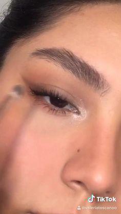 Makeup Eye Looks, Eyeliner Looks, Eye Makeup Art, Skin Makeup, Smokey Eyeliner, Brown Eyeliner, No Eyeliner Makeup, Eye Makeup Designs, Makeup Looks Tutorial
