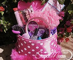 Beauty Basket - Tags: cute easter basket | creative easter basket | easter basket for girls | inexpensive easter basket | easter basket ideas | diy easter baskets | easter baskets | SuperMoms360.com