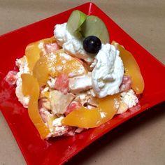 Fruit salad with cheese - Ensalada de frutas con queso - Fácil