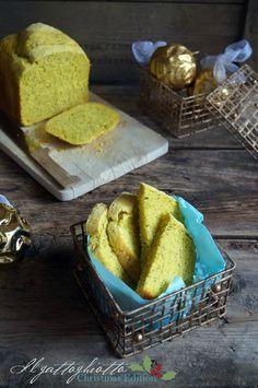 il gattoghiotto: Pane al curry e semi di papavero con la macchina del pane (ma anche no)