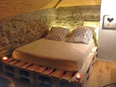 1000 images about camas on pinterest pallet bed frames - Sofa cama minimalista ...