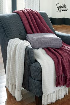 #Throws #AshleyFurniture - Easy and effortless accessories start with our collection of Santino Accent Throws. Made with the highest quality, these throws are an easy choice for a quick style upgrade! Ashley Furniture - Accent Throws - Home Accessories