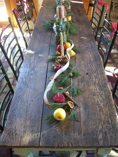 clove studded pears | The Pottery Shed: Colonial Christmas Tablescape
