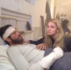 This scene was cut from the series. Seyit and Sura  in the hospital after Seyit was rescued after being wounded on the war front.