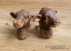 SET OF 2  -Cow Knobs - Brown Distressed  - Dairy Cow Head Bust Drawer Pull - Farm Animal Nursery Decor - Country Decorative Cabinet Decor