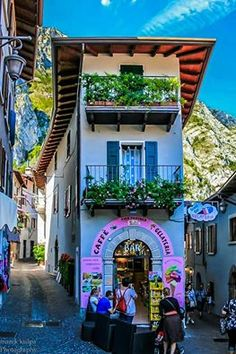 Limone is a picturesque town in Lombardy, province of Brescia, on the shore of the lake Garda.