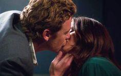 JANE AND LISBON FINALLY KISS! <3The Mentalist <3 Season 6, episode 22