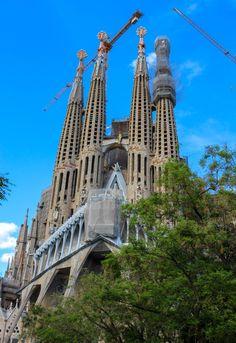 Compass + Twine | La Sagrada Familia, Barcelona Spain
