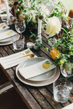 citrus inspired table - photo by http://www.paulaohara.com/ http://ruffledblog.com/autumn-wedding-inspiration-in-ireland