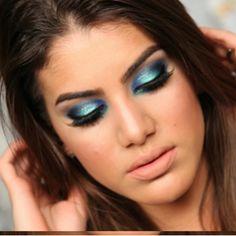 Maquiagem azul com iluminado verde! | Super Vaidosa