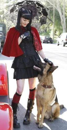 Actress Pauley Perrette and a smiling shepherd. #dogs #pets #GermanShepherds facebook.com/sodoggonefunny