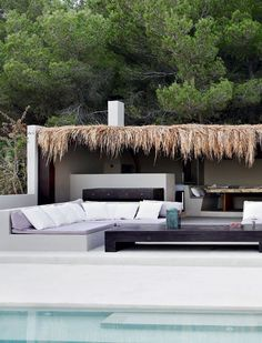 this is great simple open structure for outdoor bar/dining and lounge pit...perfect.