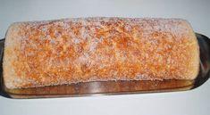 Ingredientes: 4 ovos; 150 gr. de açúcar; 1 c. (café) de fermento; 100 gr. de farinha; 1 pitada de sal; compota a gosto Preparação: Bata as gemas com o açúcar até a mistura ficar esbranquiçada. Pouco a pouco, junte o fermento e a farinha a este preparado, mexendo sempre. Adicione uma pitada de sal às … Portuguese Desserts, Portuguese Recipes, Waffle Recipes, Cake Recipes, Quiche, Keep Recipe, Good Food, Yummy Food, Kinds Of Desserts
