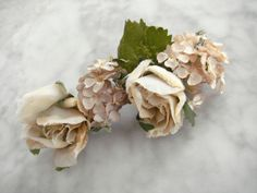 Vintage 1940s millinery flower trim beige cotten taffeta velvet flowers