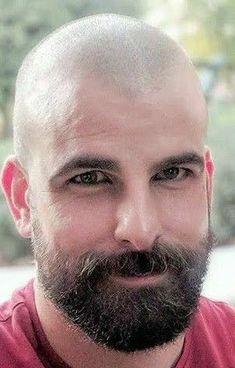 Hairy Hunks, Hairy Men, Bearded Men, Bald Men With Beards, Bald With Beard, Shaved Head With Beard, Bald Men Style, Beard Images, Scruffy Men