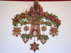 This is from Mel Heaton - Cricut genius! Made up of cuts from Anna Griffin's Winter Wonderland cartridge.