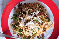 Špagety po toskánsku Vinaigrette, Spaghetti, Toast, Ethnic Recipes, Food, Fine Dining, Essen, Meals, Yemek