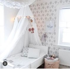 White and Grey styling beautifulness.. pic credit @elinaellas  #kidsinterior #kidsroom #kidsbedroom #childrensroom #childrensinteriors #kidsdecor #decor #kidsbedroominspiration #childrensbedroom #childrensspaces #girlsroom #girlsbedroom #interiorinspo #bedroom #interiors #roxyoxycreations