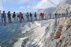 A látványosság, amit nem szabad kihagyni! Suspension Bridge, Places To See, Louvre, Italy, World, Building, Bridges, Travel, Cute Pics