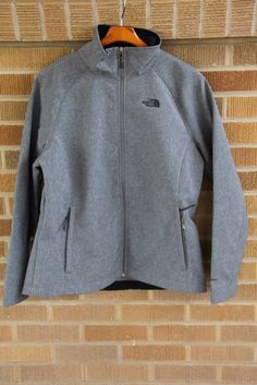e55e64ab74922 The North Face Regular Solid XL Coats   Jackets for Women