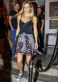 bar-refaeli-street-style-denim-converse-skirt