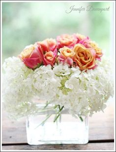 Quick and Easy Do it Yourself Rehearsal Dinner Decorations! Make your rehearsal dinner Stress free, Stunning, and Affordable! Rehearsal Dinner Table Ideas, Rehearsal Dinner Flowers, Rehearsal Dinner Centerpieces, Rehearsal Dinner Table Arrangements, Casual Rehearsal Dinner, Relaxed Rehearsal Dinner, #rehearsal_dinner