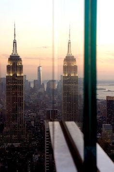 Empire State Reflections | New York (by Tony Jones)