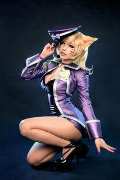 Popstar Ahri (League of Legends) by Tasha Cosplay