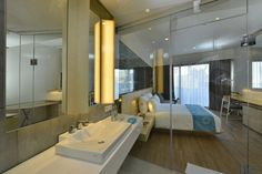 http://www.theseminyak.net/wp-content/uploads/2013/07/IZE-Hotel-Seminyak-3.jpg