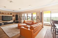 REF. 7705VA Luxurious 2 floors corner penthouse for #sale with private terrace located in one of the most prestigious areas of Barcelona, in a property with communal area with garden and swimming pool. Close to 'Plaça Reina Maria Cristina' and next to 'Avinguda Diagonal' and 'Gran Via de Carles III' #Pedralbes #LesCorts #Barcelona #AtipikaBarcelona #AtipikaBcn #RealEstate www.atipika.com