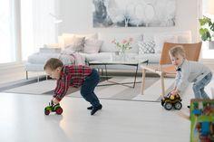 Have fun! Woodnotes Avenue paper yarn carpet. #livingroom #homedecor #interiordesign #kids