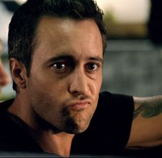 Alex is confused: Why aren't you watching Hawaii 5-0 yet?