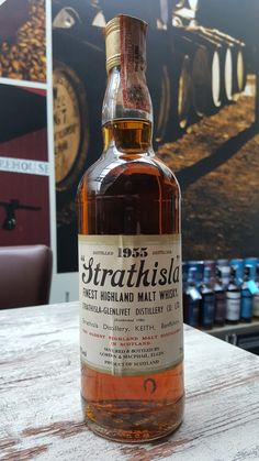 Strathisla Glenlivet distilled 1955 - 70 Proof Highland malt whisky by Gordon & Macphail