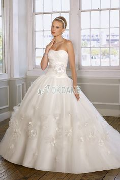 ärmellos bodenlanges sexy romantisches Brautkleid mit Gürtel mit Perlen