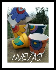 Painted Flower Pots, Painted Pots, Hand Painted, Vases, Clay Pot Crafts, Pottery Bowls, Pottery Painting, Terracotta Pots, Clay Pots