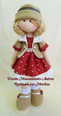 By Paola Huerta. Doll Tutorial, Soft Dolls, Diy Doll, Doll Crafts, Cute Dolls, Rag Dolls, Fabric Dolls, Doll Clothes, Handmade Dolls